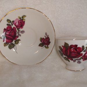 Queen Anne bone china teacup saucer maroon roses